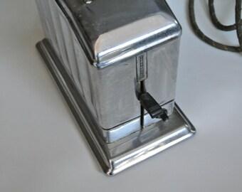Toastmaster Single Slice Toaster, Art Deco, Works