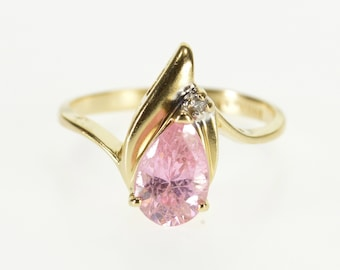 14k Pear Pink Cubic Zirconia Diamond Accent Wavy Ring Gold
