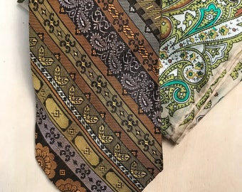 Vintage Neck Tie & Pocket Square Set