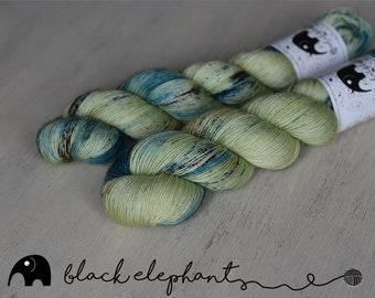 OOAK fingering yarn  superwash merino contemporary single ply yarn speckled yarn mint blue brown 100g