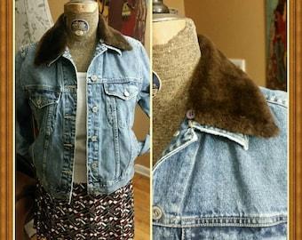 Vintage Anne Klein denim, jean women's jacket with faux fur collar, 1980's, size M.
