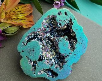Rainbow Aura Quartz Geode >> Titanium Aura Quartz Geode Half - Raw Crystal, Reiki, Meditation
