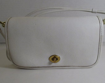 COACH Vintage Bonnie Cashin White Leather Pre-Creed Penny Shoulder Bag - Refurbished - EVC
