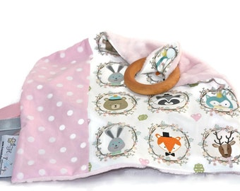 Baby Tags Baby Blanket/Wooden Teething Ring/Comforter/Minky Tags Blanket/Woodland Blanket/Mapple Ring/Baby Shower/Baby Gift