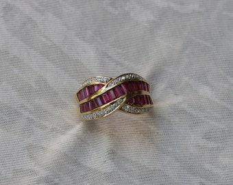 Ruby and Diamond Criss-Cross Ring in Yellow Gold