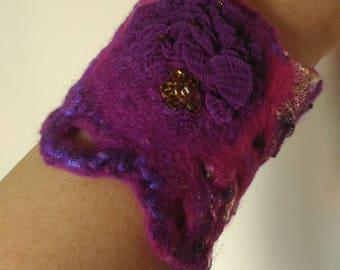 Felt cuffs Jeweiry bracelet Nuno felted bracelet Purple- raspberry bracelet Handmade Wool braclet Gift for women