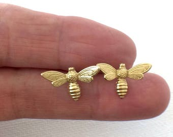 Bee Earrings, Gold Bee Stud Earrings, Tiny flying Bee Earrings, Wasp Earrings, Bee, Insect Earrings, Bug Stud Earrings, Weird Jewelry
