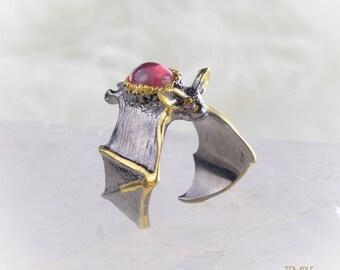 Bat Totem Ring * free size * Ruby + Amethyst *  Free DHL Express Shipping * 7816gr13