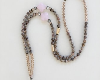 Waterdrop collection, large necklace style Bohemian pink and beige, rose quartz pendant, clover glass