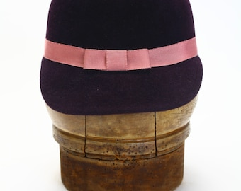 Eggplant Aubergine Purple Velour Fur Felt Winter Cloche Jockey Riding Hat, Mauve Rayon Grosgrain Ribbon - Cap/Couture Millinery/Handmade Hat