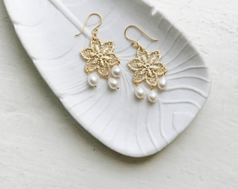 Gold lace filigree chandelier earrings with pearl drops, Bridal earrings with teardrop pearls, Pear shaped pearls