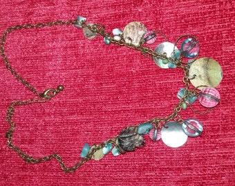 Vintage necklace very pretty