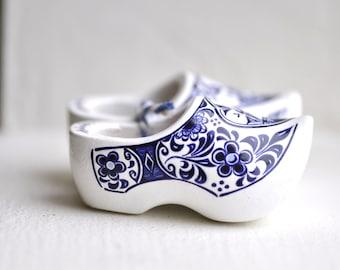 Vintage Miniature Wood Clogs, Wooden Shoes, Holland Souvenir Shoes, Dutch, Delft Style Design, Windmill, Miniature Shoes, Blue and White