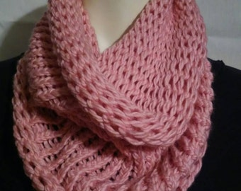 Simple Knitted Cowl