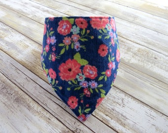 Pink Floral Bandana Bib // Baby Bib // Drool Bib // Teething Bib // Gifts for Baby // Flower Baby // New Baby // Baby Shower // Boho Baby