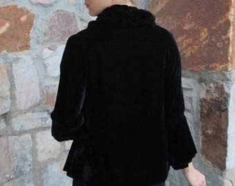 1910s 1920s Black Silk Velvet Flapper Jacket