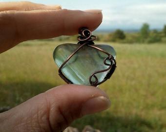 Wire weaved jewelry, heart gemstone, wire wrapped pendant, fluorite jewelry, heart necklace, healing stone, healing chakra, copper wire