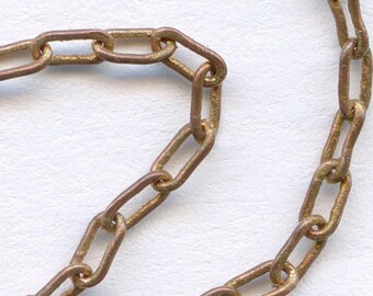 Vintage red brass fine cable chain. 3x1mm. Sold by the foot. b12-chn534b(e)