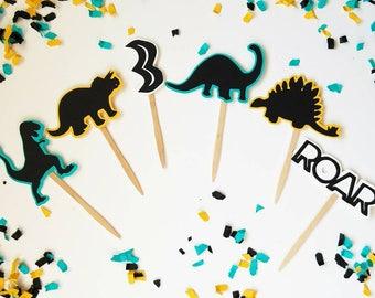Dinosaur cupcake toppers,