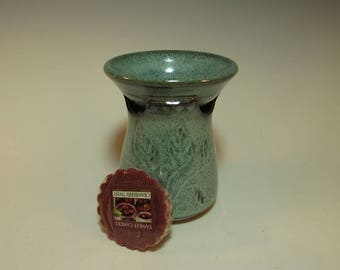 Leaf Carved Aqua Ceramic Candle Wax Melter, Aromatherapy Oil Burner, Wax Tart warmer - hand made in stock