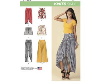 Simplicity Pattern 1429 - Misses' Pull-On Knit Skirt, Pants & Shorts
