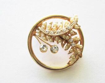 Vintage  Rhinestone Leaf Pin