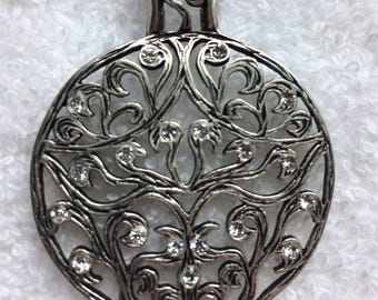 Pewter Tone Filagree and Crystal Pendant Necklace
