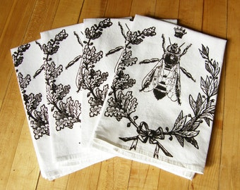 Queen Bee Cloth Napkin Set, Hand Printed Cotton Napkins, Thanksgiving Napkins, White Cotton, Set of 2, 4, 6, Hostess Gift, Eco-Friendly