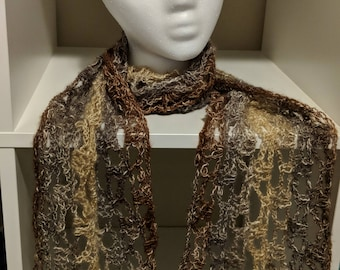 Annabelle - lacy scarf