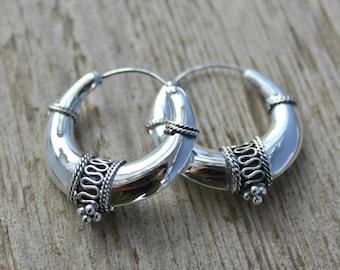 Sterling silver hoop earrings. 32mm Bali hoop earrings. Bali hoop earrings. Oxidiced sterling silver earrings. Tribal hoop earrings.