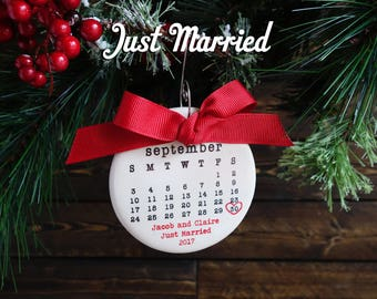 JUST MARRIED ornament, Wedding ornament, personalized christmas ornament, wedding date, typewriter, wedding gift, mr and mrs