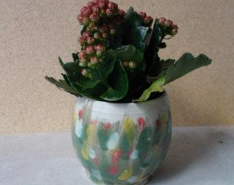 Pot en céramique motif fleuri