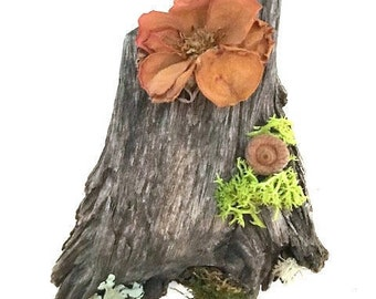 Miniature Chunky Fairy Door with Preserved Rose