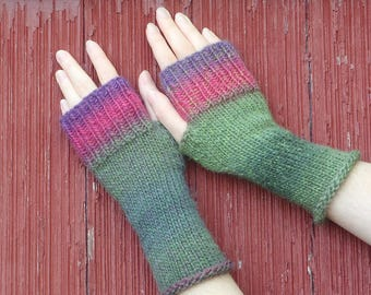 wool texting gloves, wool fingerless gloves, knit wrist warmers boho accessory wool autumn accessory, texting mitts, hand made in usa /Ready
