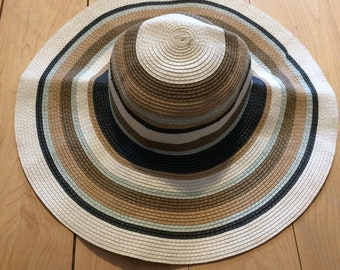 Sun hat striped