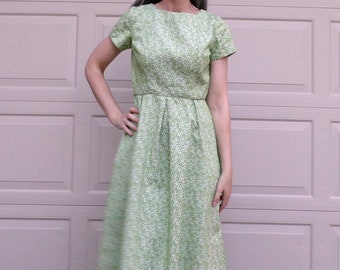 LIME GREEN JACQUARD 1960s 60s dress midcentury S (D9)