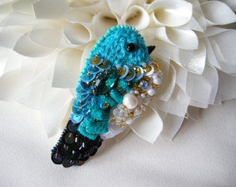 Brooch Embroidered Bird Turquoise bird Beaded Brooch Embroidered jewelry Hand embroidery brooch Bird jewelry Gift for her Bird pin