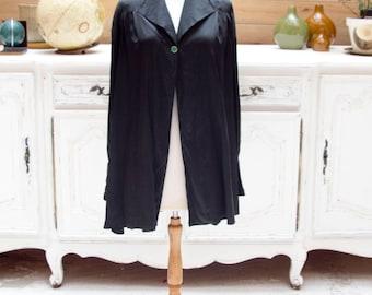 Vintage Carolina Herrera Black Silk Cape