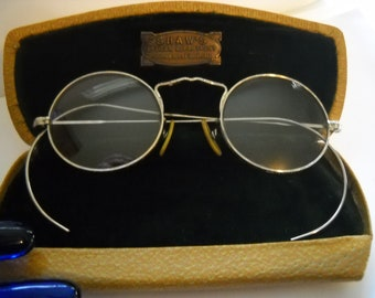 Vintage Eyeglasses Wire Rim Glasses Vintage Silver Metal Wire Rimmed Oval Round Spectacles w Case Cleveland Statement Glasses Art Deco