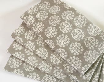 Large Cloth Napkins, Gray & White Dandelion Puffs, Neutral Floral Spring Table Linens.  Set of 4.