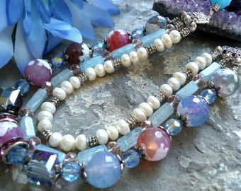 Vintage inspired agates and freshwaterpearl necklace, genuine stone for art boheme necklace with rhinestone czech glass for a wedding