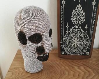 Statuette en perles, tête africaine