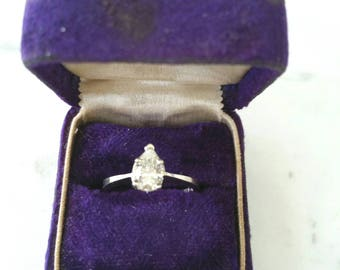 14k pear shape diamond | diamond engagement ring