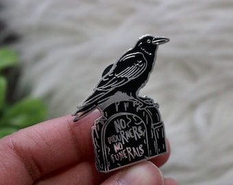 No Mourners No Funerals (Six of Crows) - Enamel Pin