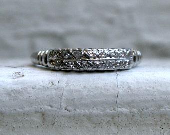 Vintage Art Deco Platinum Diamond Wedding Band - 0.28ct.