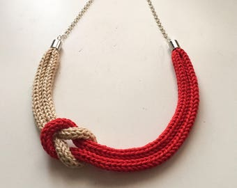 Red and beige tricot necklace with sailor knot