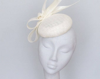 Ivory Fascinator - Kentucky Derby Hat,  Royal Ascot Hat, Mother of the Bride Hat, Wedding Hat, Race Day Hat