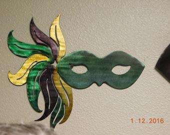 MARDI GRAS MASK - Side Feather