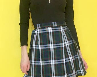 Vintage 90s Y2k 2000s Green and White Plaid High Waisted Pleated School Girl Mini Skirt