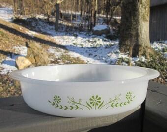 Vintage Round Glasbake Casserole Dish - White Milk Glass With Green Daisies